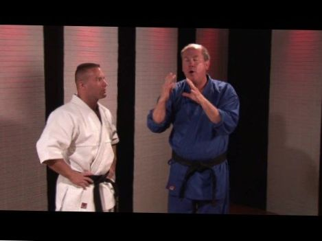 Martial Arts Tips : How to Knock Someone Out in One Punch