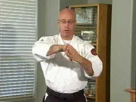 Aikido Techniques & Exercises : Nikyo Undo