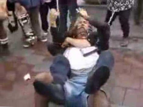 Street fight with brazilian jiu jitsu moves and more!